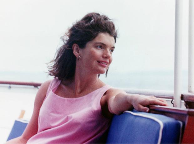 Фото №1 - Секреты красоты Жаклин Кеннеди