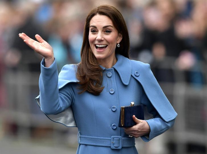 Фото №1 - Герцогиня Кембриджская «задумалась» о четвертом малыше
