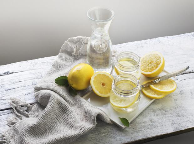 Фото №2 - Жажда жизни: пять рецептов «улучшенной» воды на каждый день
