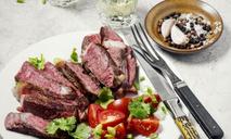 Теплый салат с ростбифом: пошаговый рецепт