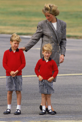 Фото №2 - Какой бабушкой была бы принцесса Диана: слово Уильяму и Гарри