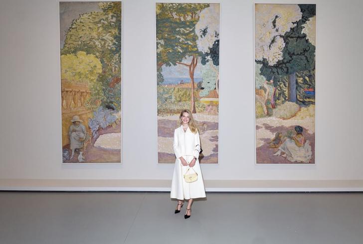 Фото №1 - Леди в Dior: прекрасная Наталья Водянова на открытии выставки русского искусства в Париже
