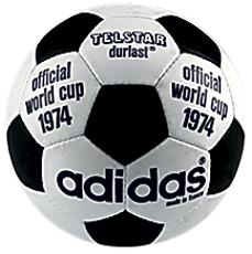 Фото №14 - История мячей ЧМ с 1930 года в картинках