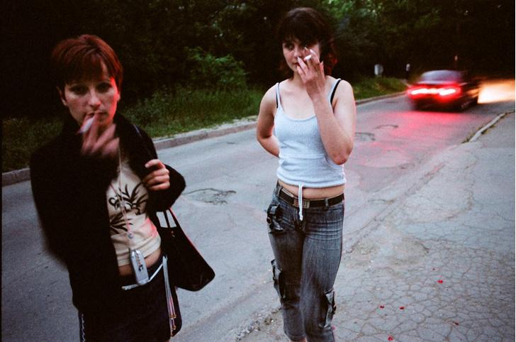 Фото №2 - Рабы любви: секс-трафик набирает обороты и угрожает даже тем, кто «не такой» и уверен в своей безопасности