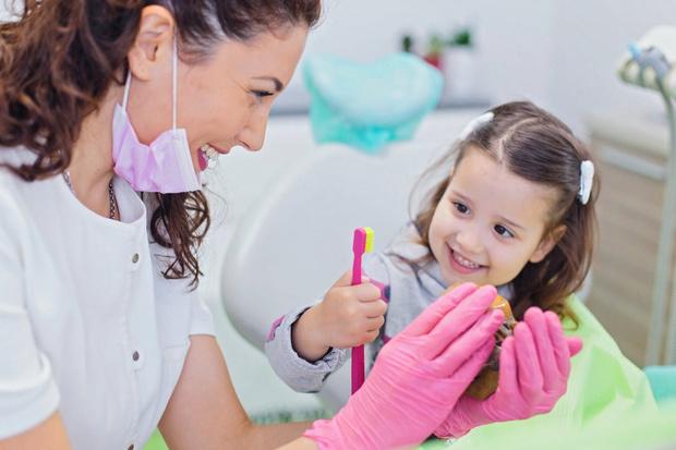 как лечить зубы у детей