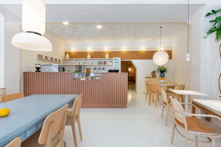 Фото №10 - Демократичная кофейня Agrado Café в Мадриде
