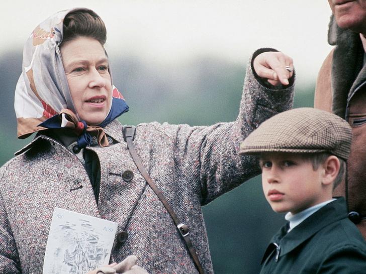Фото №4 - Кого Королева считает своим самым «трудным» ребенком (спойлер— это не Чарльз и не Эндрю)