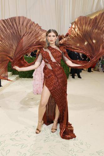 Фото №131 - Met Gala 2021: все модные образы бала Института костюма