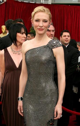 Фото №13 - Выход на миллион: самые дорогие платья звезд в истории красных дорожек