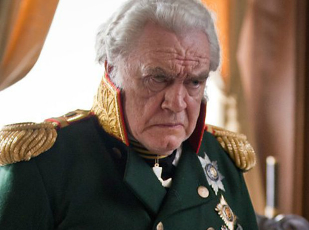 Фото №32 - Актёры и персонажи сериала BBC «Война и мир»