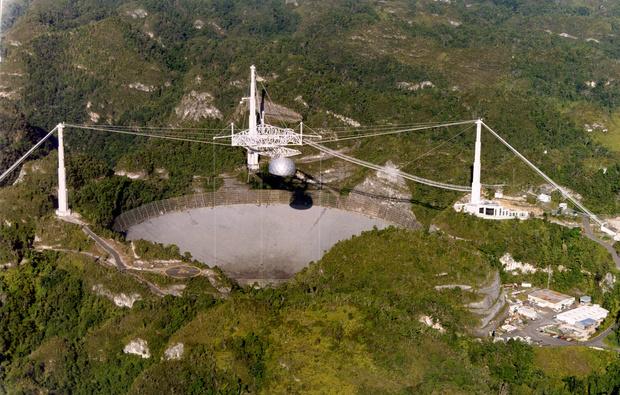 Фото №1 - «Аресибо»— знаменитый радиотелескоп, построенный специально для поиска внеземной жизни (много фото)