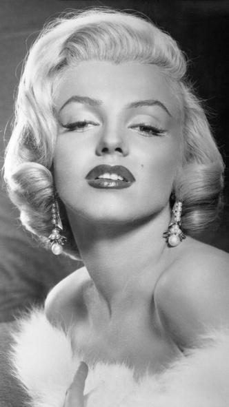 Фото №6 - От Марлен Дитрих до Кары Делевинь: как менялась мода на брови за последние 100 лет