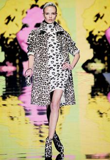 Фото №15 - Неделя Моды в Милане радует цветом