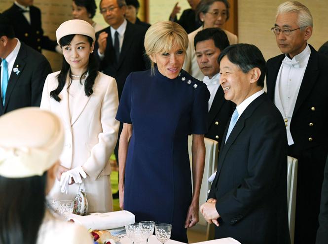 Фото №7 - Как прошла встреча четы Макрон с императором Японии