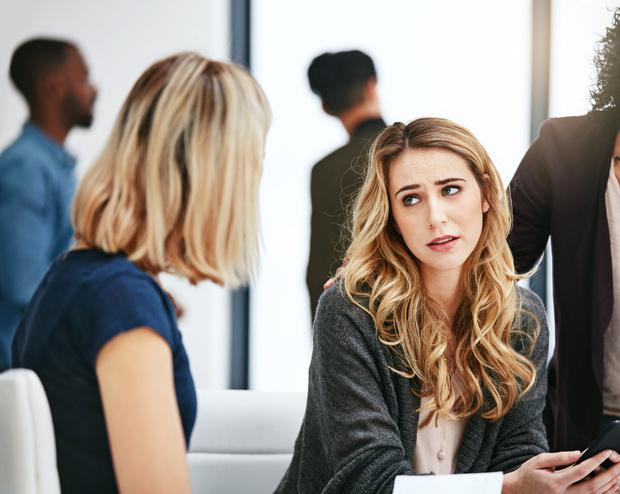 Фото №3 - Тревожные звоночки: 8 признаков того, что вас скоро могут уволить