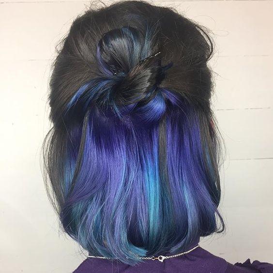 Фото №3 - Hidden Color: как сделать яркое окрашивание волос, с которым можно даже в школу