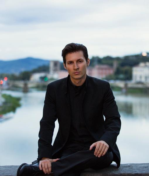 Фото №1 - Как выглядит сейчас Павел Дуров, который приехал в Москву