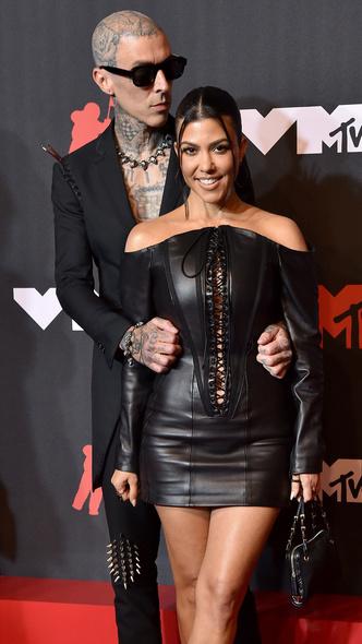 Фото №11 - Премия MTV VMA 2021: лучшие, худшие и самые яркие образы церемонии