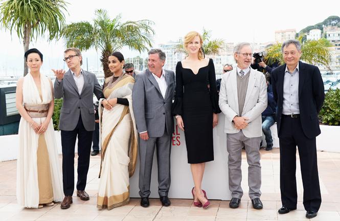 Фото №44 - Королева Канн: все модные образы Николь Кидман за историю кинофестиваля