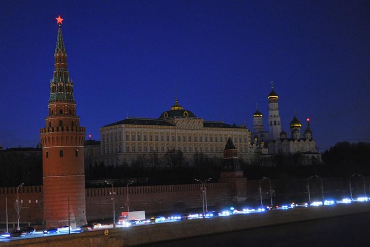 Фото №1 - Какие новые законы заработали в России с 1 июня
