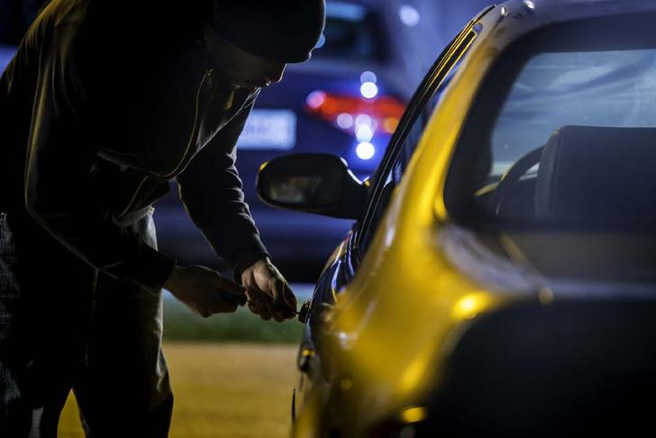 Фото №1 - Будь готов: 6 полезных фактов об угонах авто