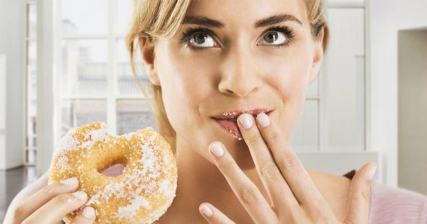 Фото №1 - Как сахар вредит нашему мозгу (и что с этим делать)
