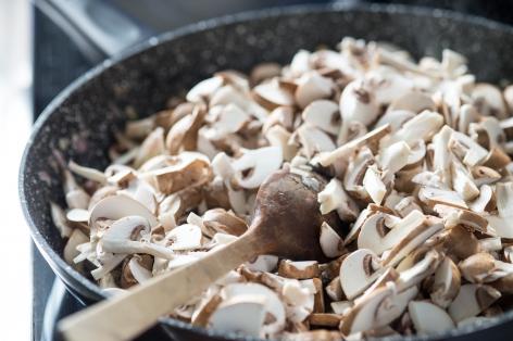 Фото №3 - Неожиданные способы быстро справиться с простудой: грибы, джаз, секс и устрицы
