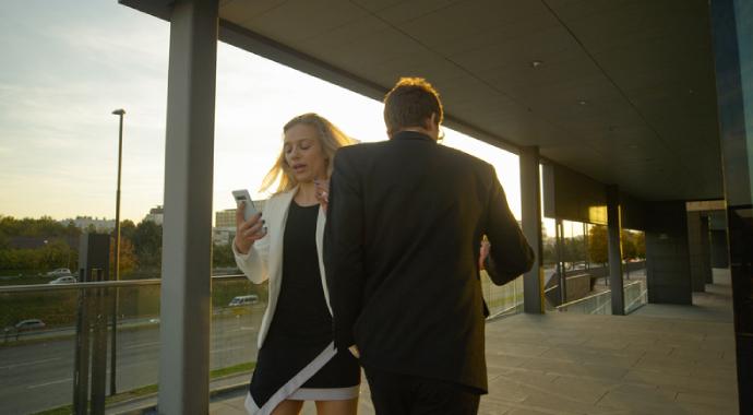 Неочевидное домогательство: как выявить и чем помочь жертве?