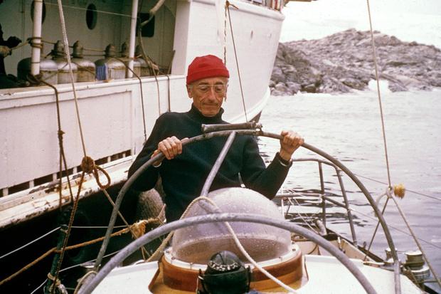 Фото №1 - Почему Жак Ив Кусто носил красную шапку?