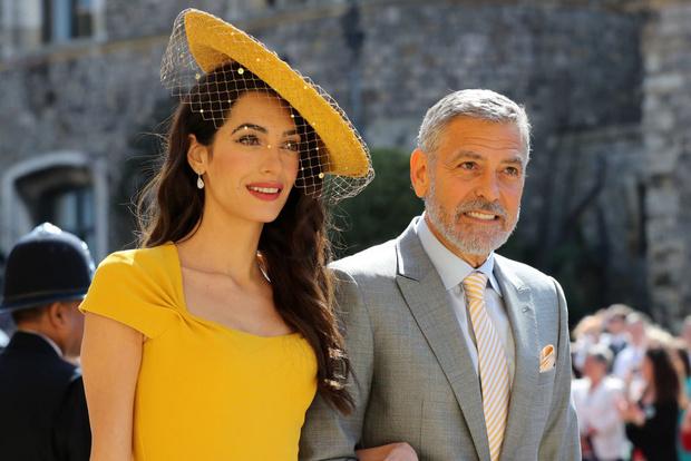 Фото №1 - СМИ: Амаль Клуни выгнала Джорджа из дома