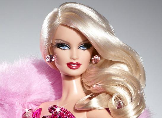 Фото №1 - Как выглядит Барби без макияжа?