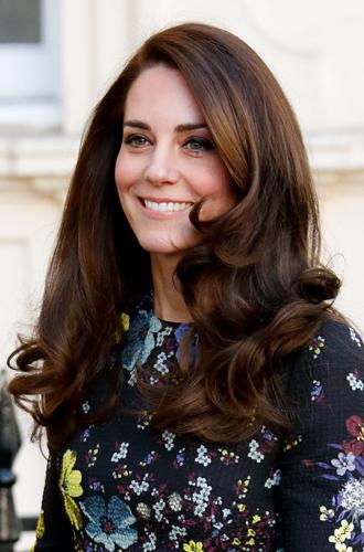 Фото №1 - Королевская укладка: новый beauty-тренд от герцогини Кембриджской