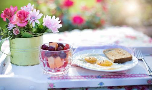 Фото №1 - Диетологи рассказали, какой завтрак весной прибавит сил