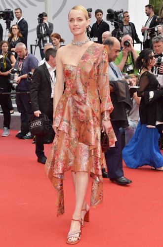 Фото №40 - Модные Канны-2017: Винни Харлоу, Адриана Лима и другие красавицы вечера премьер 18 мая