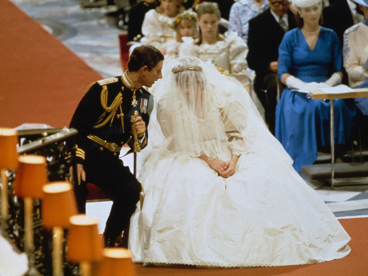 Фото №3 - Свадебный конфуз: как Чарльз и Диана перепутали свои клятвы во время венчания
