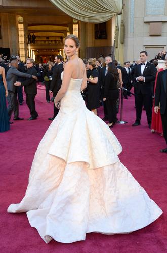 Фото №30 - Легенды «Оскара»: самые известные платья в истории премии
