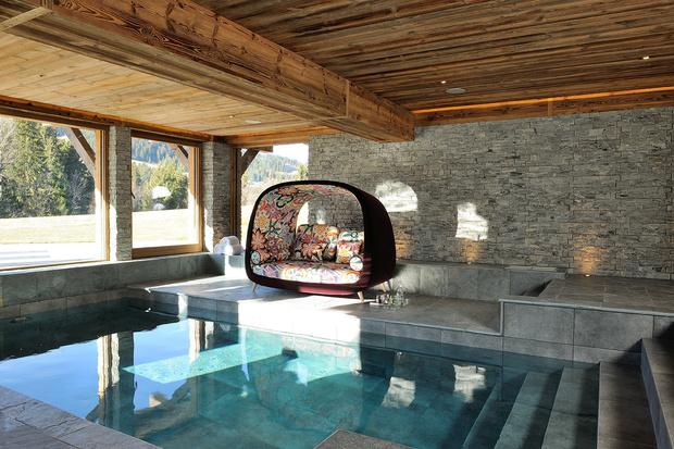 Фото №26 - Дизайнерское шале со стеклянной лестницей в Межеве