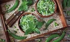 Салат из капусты со свежим горошком