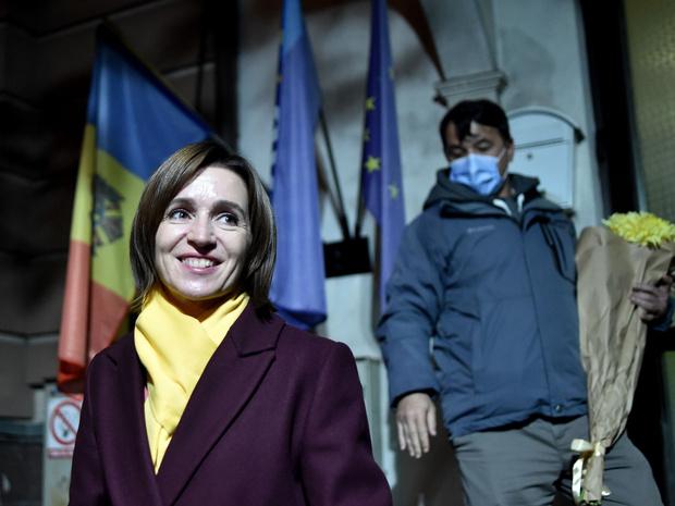 Фото №2 - 5 фактов о Майе Санду— первой женщине-президенте Молдовы