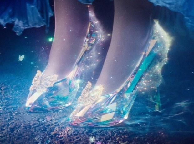 Фото №2 - Культовая обувь из кино: от туфелек «Золушки» до ботфортов «Красотки»