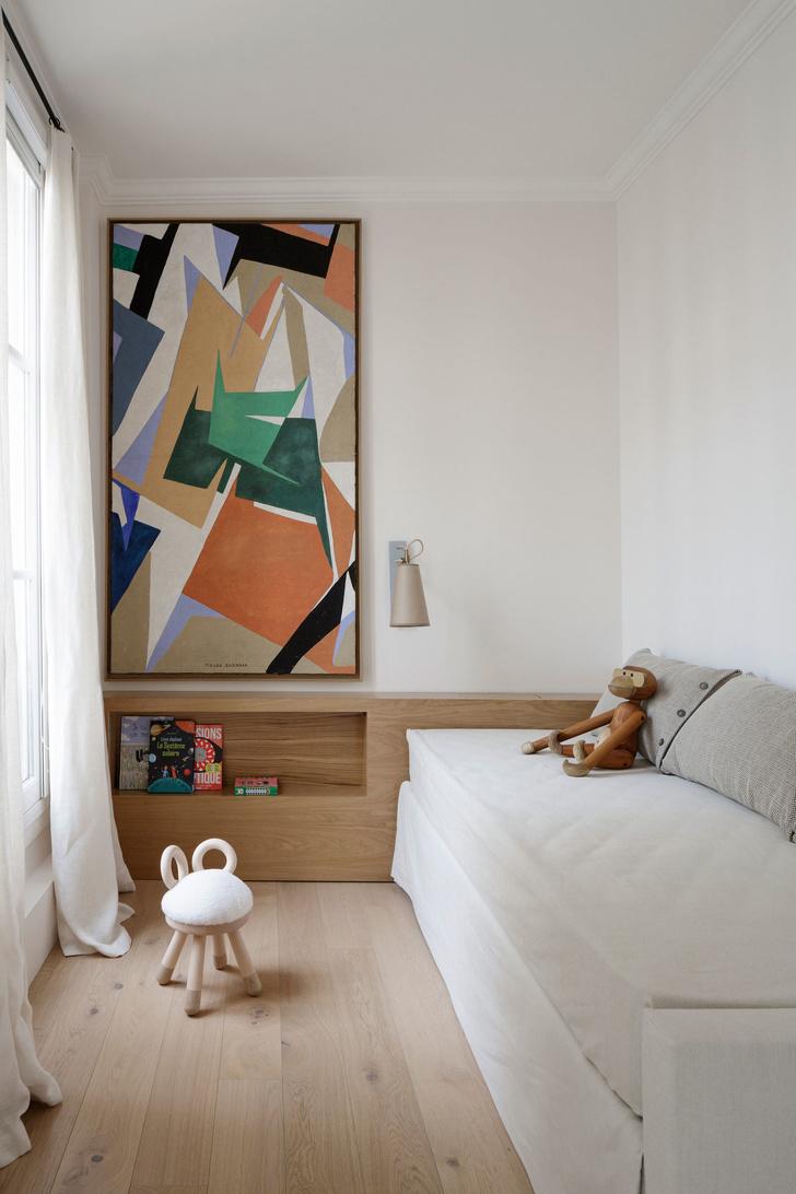 Фото №10 - Нетипичная парижская квартира в черно-белой гамме