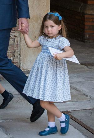 Фото №4 - На кого все больше становится похожа принцесса Шарлотта (это вовсе не Елизавета II)