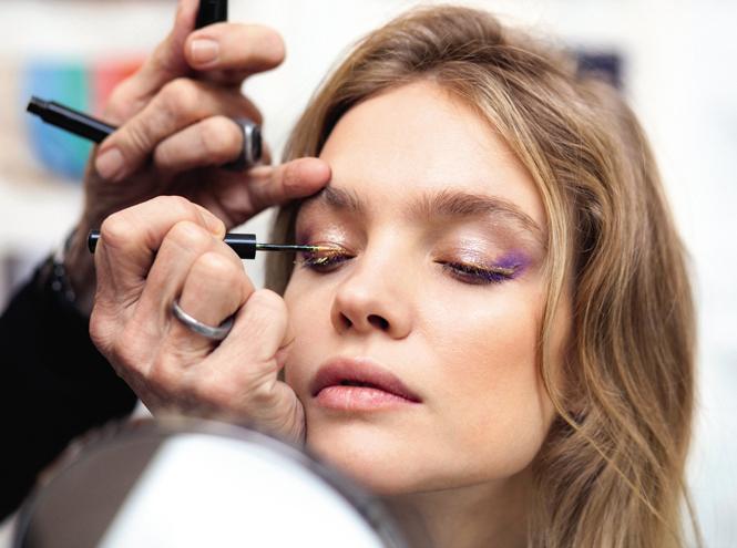 Фото №5 - Как повторить праздничный макияж Натальи Водяновой от Guerlain