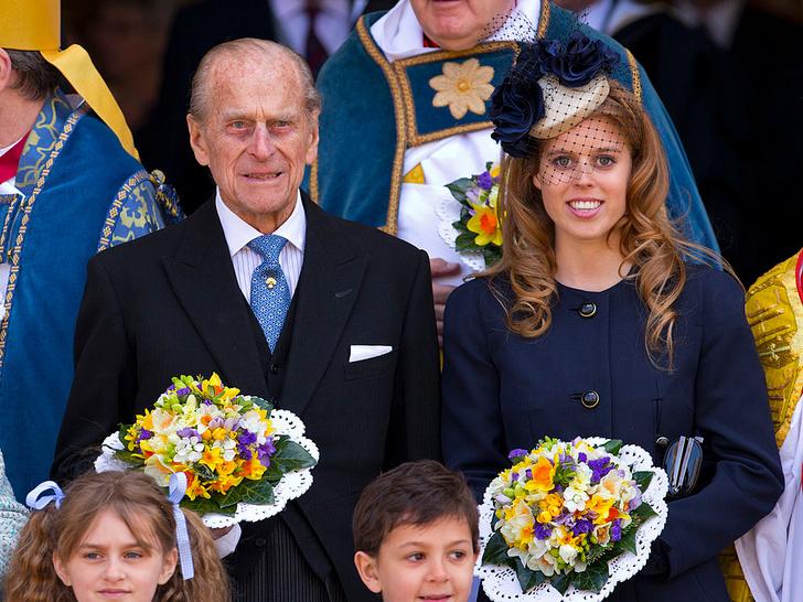 Фото №13 - Любимый дедушка: 25 самых трогательных фото принца Филиппа с внуками