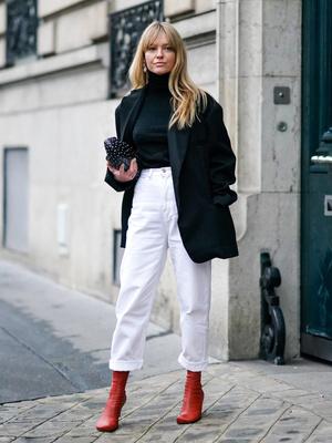 Фото №5 - Вместо классики: 20 пар цветных джинсов, которые заменят синий деним