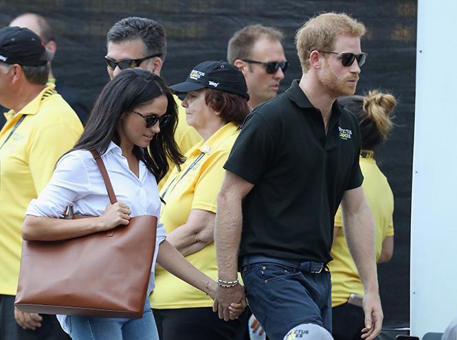 Фото №3 - Язык королевского тела: почему Уильям и Кэтрин не показывают чувства как Гарри и Меган
