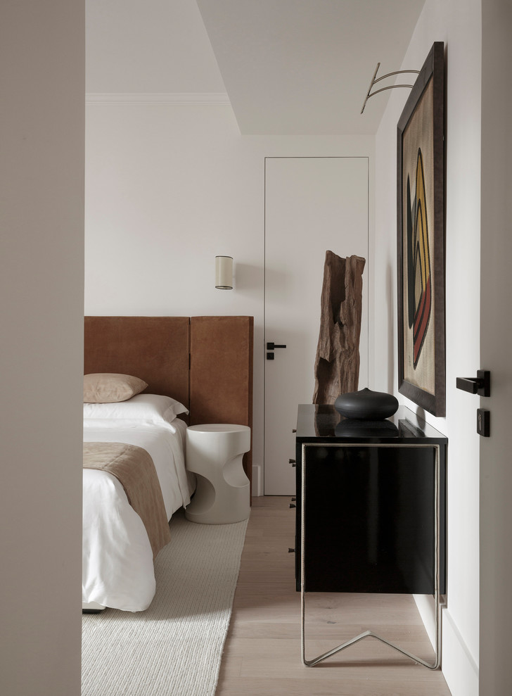Фото №9 - Нетипичная парижская квартира в черно-белой гамме