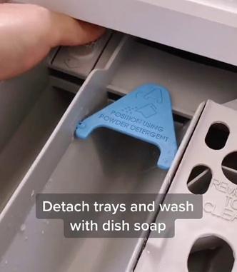Фото №3 - Как и зачем чистить стиральную машину: лайфхак от мамы-блогера