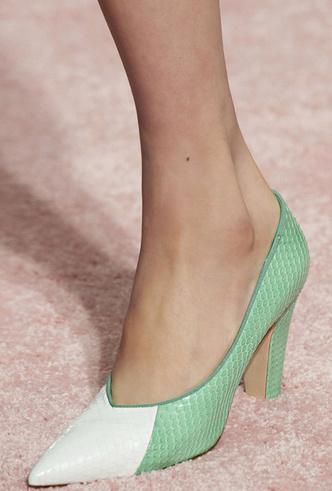 Фото №8 - Самая модная обувь весны и лета 2019