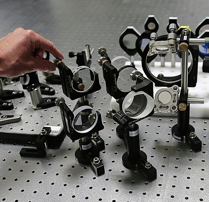 AFP / EAST NEWSНа&nbsp;французском лазере <i>Apollon</i> надеются получить 10&nbsp;ПВт